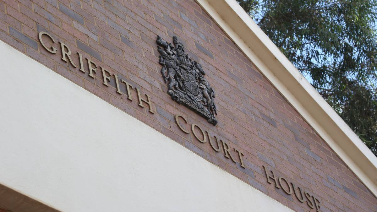 'Call the police': Man jailed for domestic assault in public